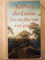 Aangeboden: Aart van der Leeuw - De mythe van een jeugd € 0,50
