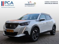 Aangeboden: Peugeot 2008 130 pk * Luxe Allure Pack * EAT8 Automaat * Keyless * Full Led * Navigatie * 1/2 Leder * etc. etc. Vingerhoets; Vie € 35.950,-